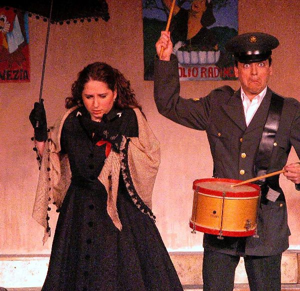 Kurt in The Gondoliers 2005 — 'Luiz', with Holly Corcoran — 'Casilda'