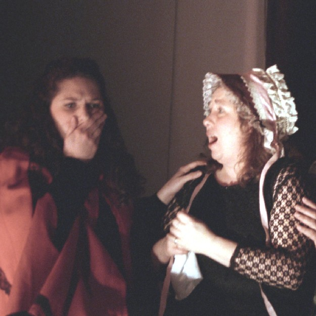 Suzanne in A Gilbert & Sullivan Christmas Carol 2004, with Holly Corcoran — 'Belle'