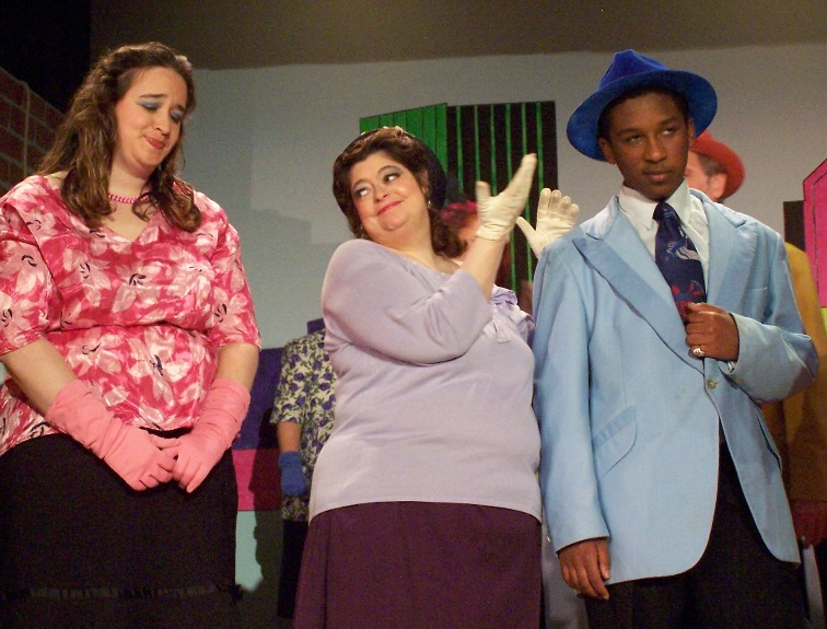 Laurel in Hot Mikado 2007, with Rebecca Bloom and Gentaro Ramadhan