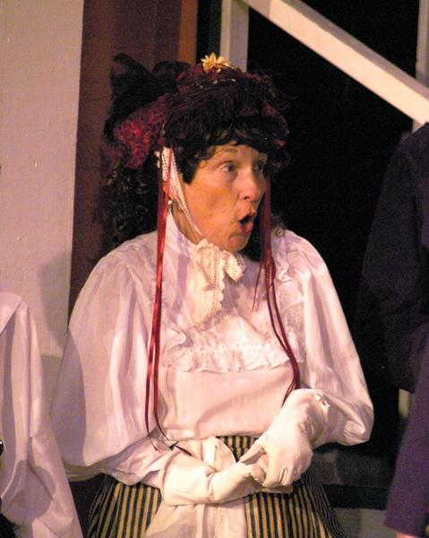 Victoria in HMS Pinafore 2008