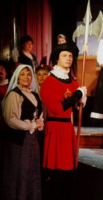 Isabele in The Yeomen of the Guard 1995, with Ted Benedict