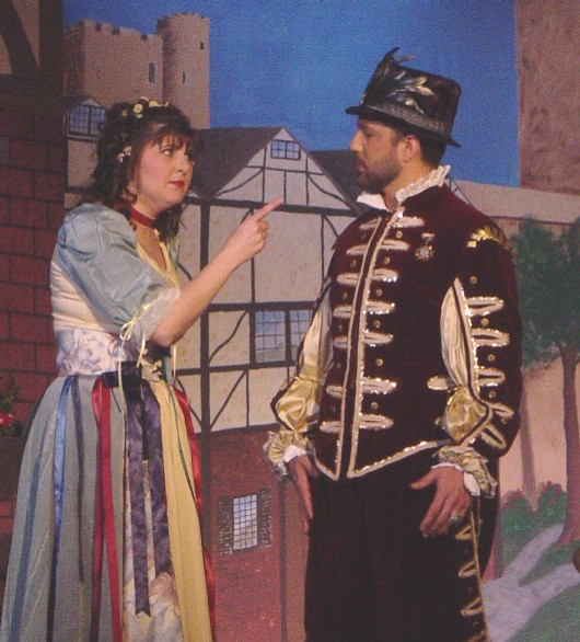 Kathy in The Yeomen of the Guard 2003 — 'Elsie', with Edward Medina-Torres — 'The Lieutenant'