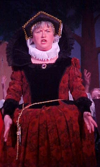 Lynette in The Yeomen of the Guard 2003 — 'Dame Carruthers'