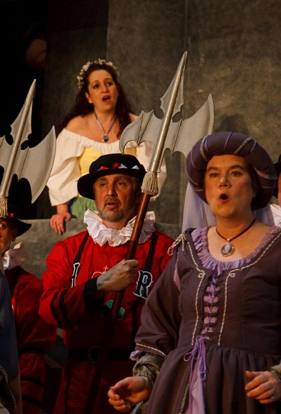 Penny in The Yeomen of the Guard 2009, with Carla Cogliandro — 'Elsie Maynard', and Byron Wilmot